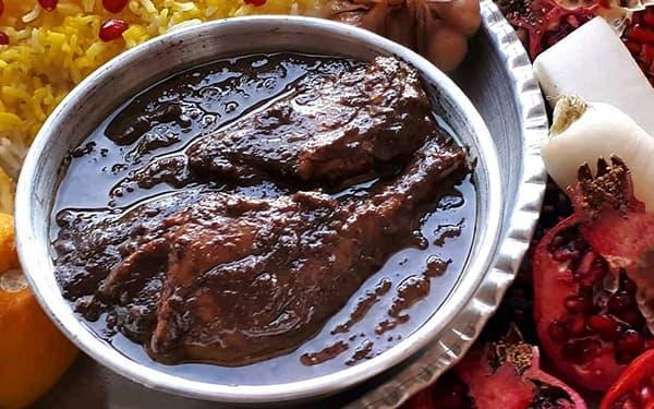 آموزش دستور پخت و طرز تهیه خورش فسنجان با گوشت تکه ای قرمز ، مرغ ، چرخ کرده و ماهیچه