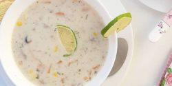 طرز تهیه سوپ شیر خوشمزه و مجلسی با جو پرک و خامه
