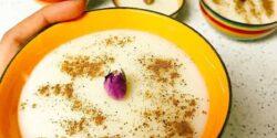 طرز تهیه فرنی خوشمزه و مجلسی با دو روش آرد برنج و نشاسته