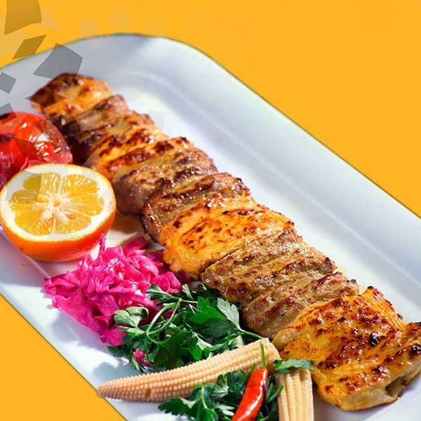 طرز تهیه کباب بختیاری با سیخ چوبی تابه ای سلطانی رستورانی در فر کباب لری