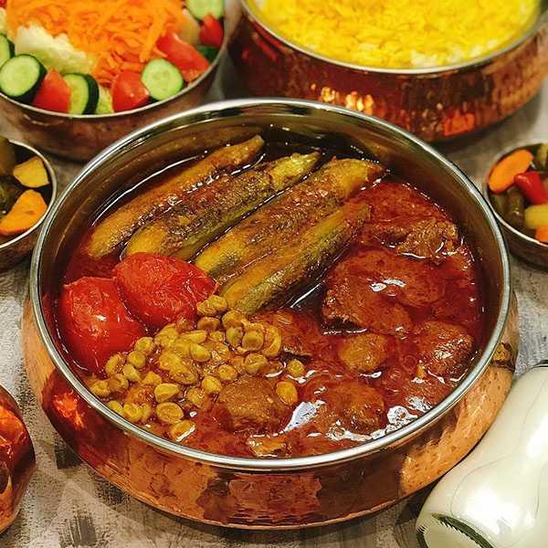 آموزش دستور پخت طرز تهیه خورش کدو سبز شیرین با لپه با گوشت چرخ کرده با آلو بدون گوشت با قارچ با رب انار و هویج سرخ کرده رژیمی