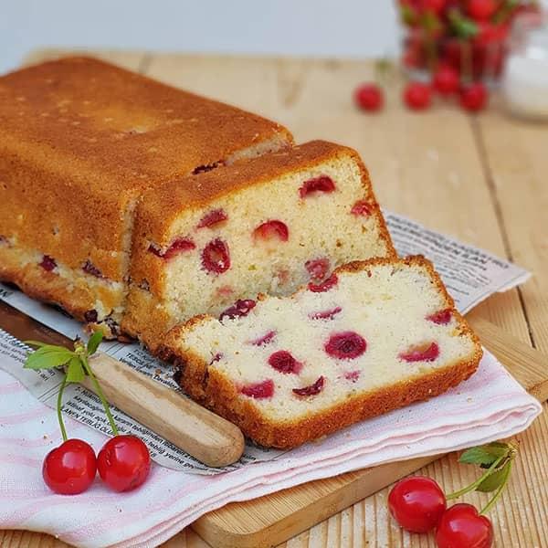 طرز تهیه کاپ کیک گیلاس کیک بزرگ با میوه گیلاس کیک میوه ای گیلاس قرمز زرد سیاه