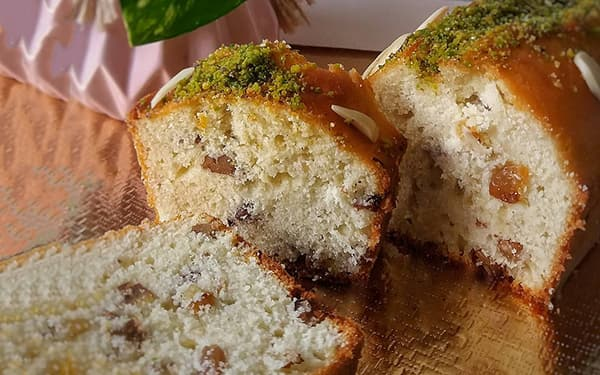 طرز تهیه کیک کشمشی خوش طعم بدون فر زعفرانی با مایکروفر در کیک پز با کیک پز کاپ کیک رزا منتظمی آشپزخانه کوچک من ساده فنجانی راحت