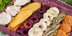 طرز تهیه میوه خشک خانگی و خوشمزه با روش های متنوع