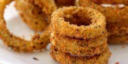 طرز تهیه پیاز سوخاری خوشمزه و پفکی به روش رستورانی