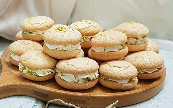 طرز تهیه شیرینی لطیفه گردویی خانم گلاور پفکی با مایکروفر علت چسبندگی شیرینی لطیفه شیرازی خامه ای خانگی رنگی