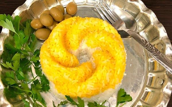 طرز تهیه برنج زرد رنگزعفرانیبا ماستکته زعفرانی قالبی رستورانی آبکش ته دیگزعفرانی xvc jidi fvk cutvhkd