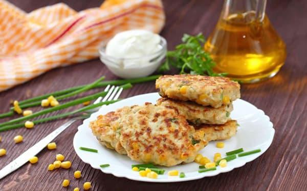 طرز تهیه کوکو ذرت با پنیر پیتزا , شامی ذرت و برنج , کتلت ذرت و نخودفرنگی , xvc jidi  bvj