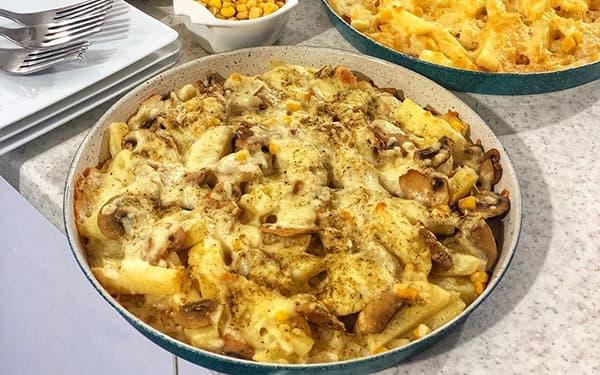 طرز تهیه سیب زمینی پنیری با مرغ در فر , سیب زمینی با پنیر پیتزا , سیب زمینی پنیر در ماکروفر با سوسیس , xvc jidi sdf cldkd kdvd