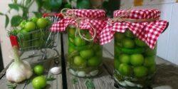 طرز تهیه ترشی گوجه سبز خوشمزه و مجلسی به روش بازاری