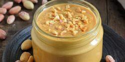 طرز تهیه کره بادام زمینی خانگی خوشمزه و مقوی با عسل