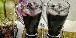 طرز تهیه شربت توت سیاه خانگی خوشمزه با خواص فراوان