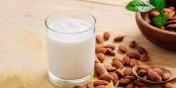 طرز تهیه شیر بادام خانگی خوشمزه و سالم به روش طب سنتی