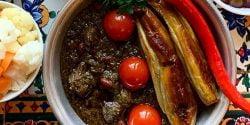طرز تهیه خورش قورمه سبزی گیلانی خوشمزه با گوجه و بادمجان
