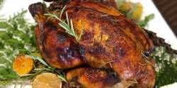 طرز تهیه مرغ شکم پر ترکیه ای خوشمزه با سس مخصوص