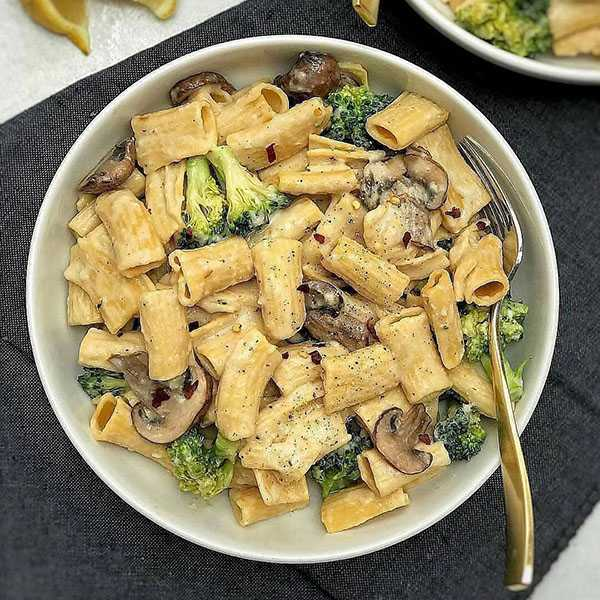 پاستا بروکلی , طرز تهیه پاستا بروکلی , دستور پخت پاستا بروکلی سبزیجات
