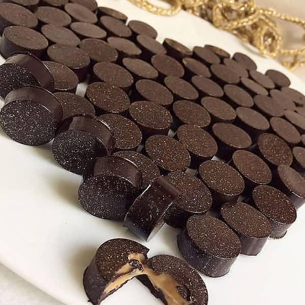 طرز تهیه شکلات مغزدار قهوه
